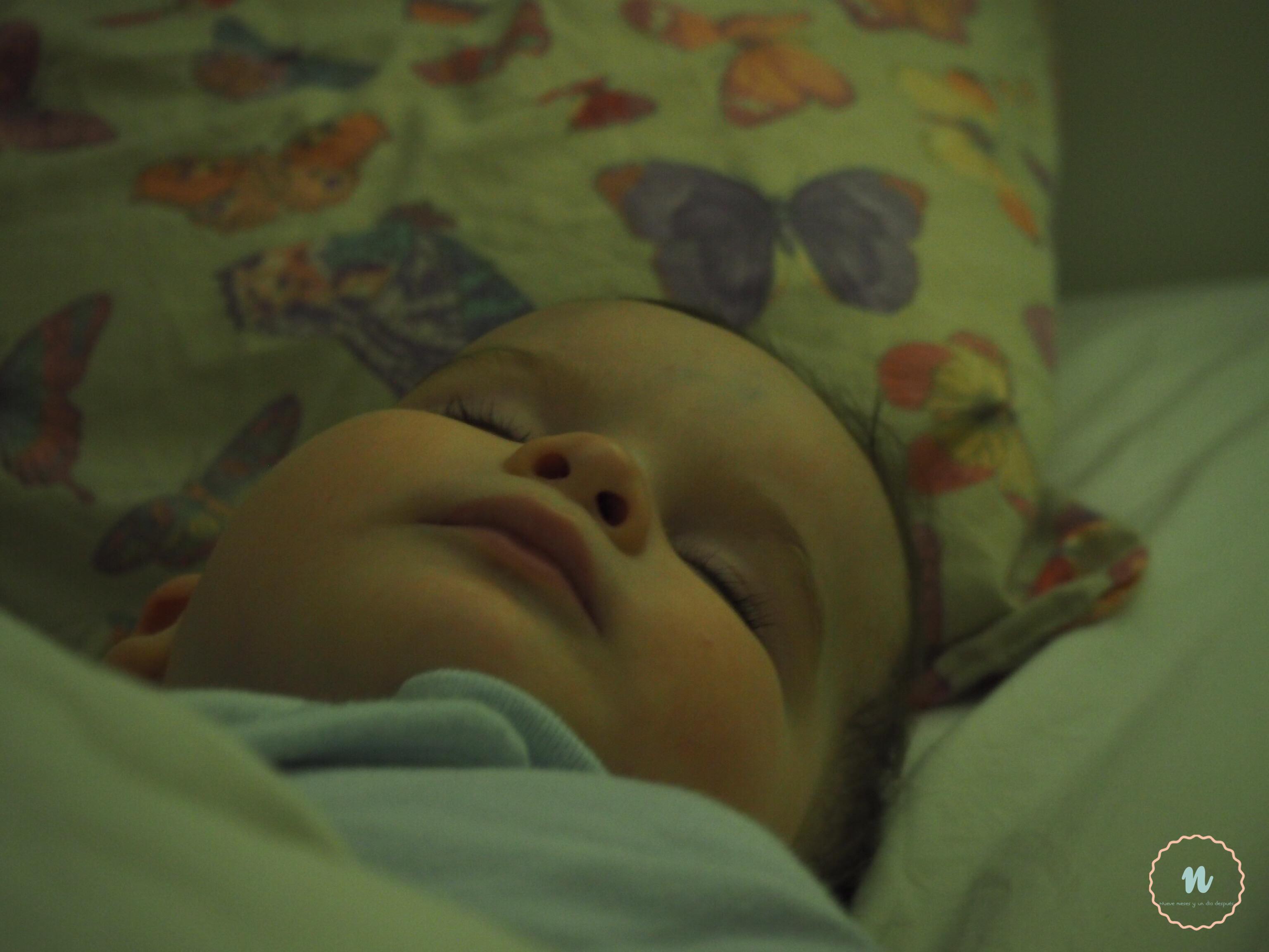 bebé durmiedo