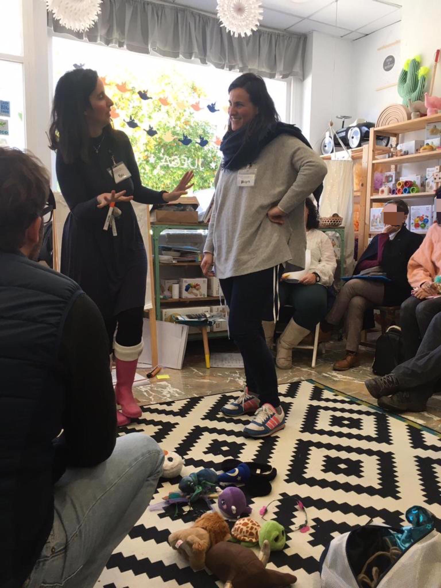 taller disicplina positiva con Bei Muñoz Montesorizate tigriteando